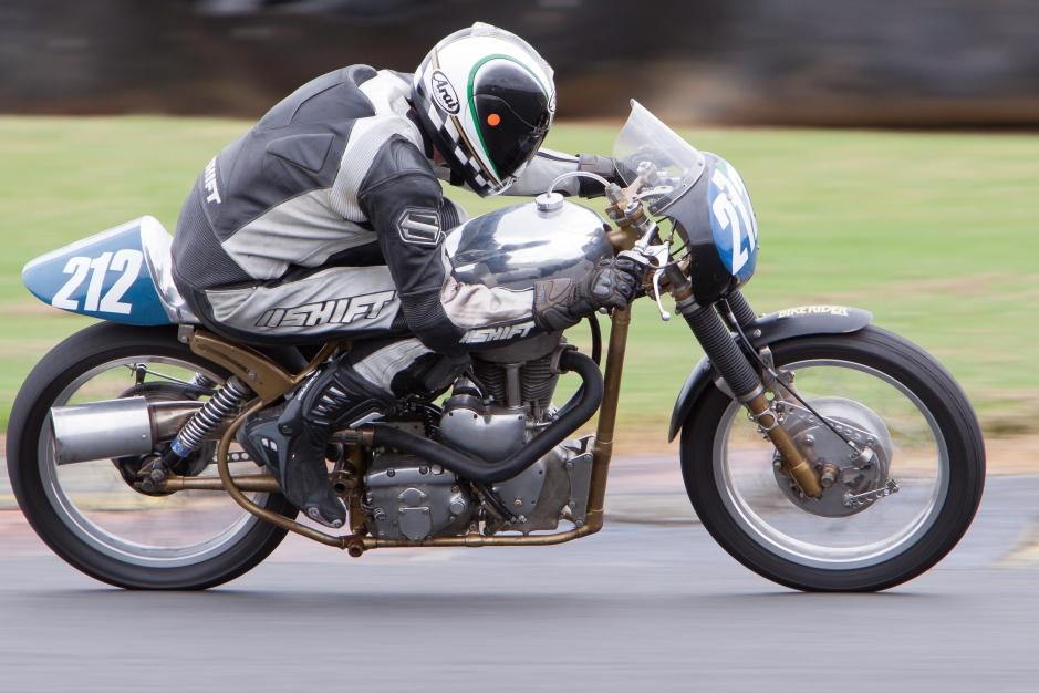Andrew Drake, Velocette Mac, Pukekohe Classic Bike Festival, 2012