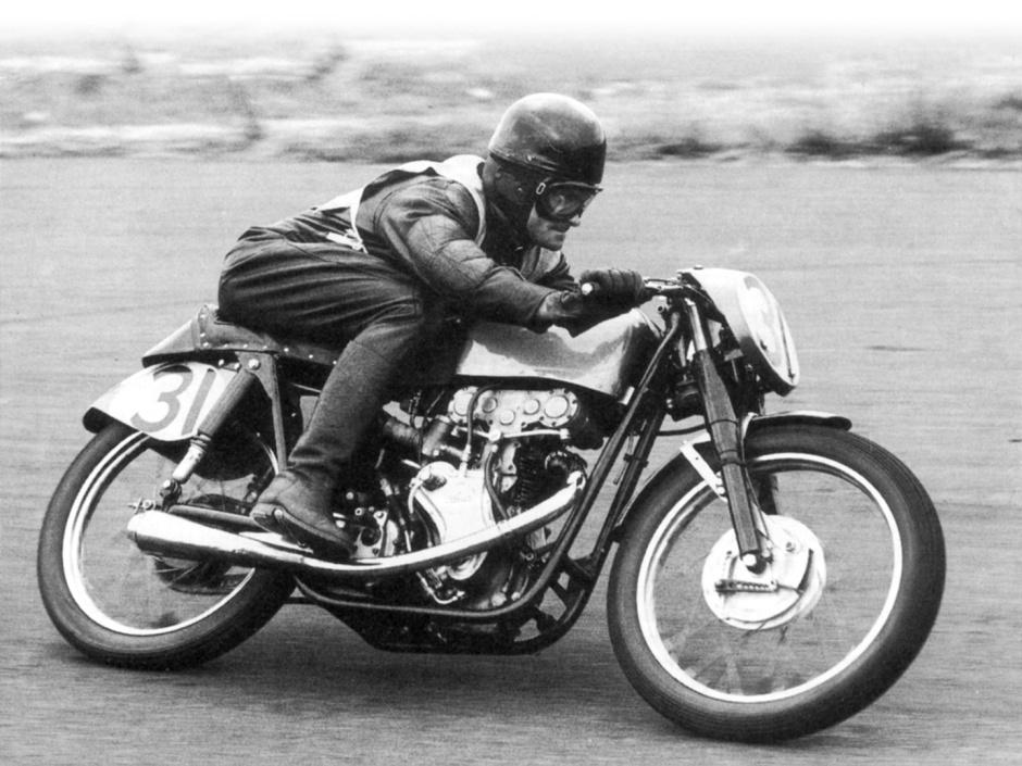 Les Diener racing the Eldee Special in the 50s.