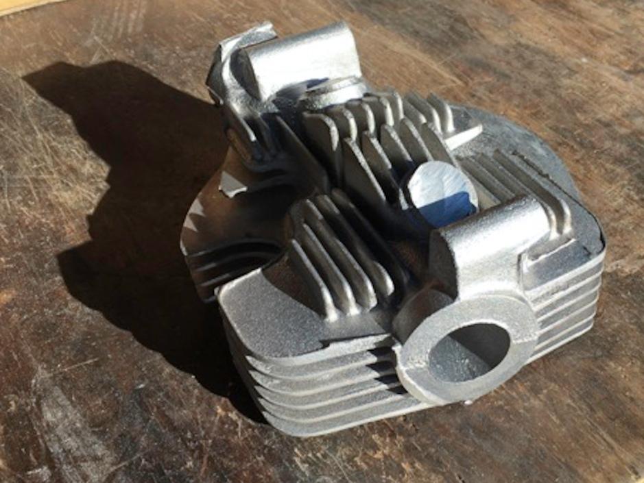 Raw head magnesium casting